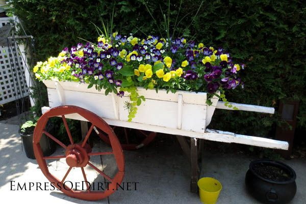 Creative-DIY-Garden-Container