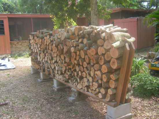 block firewood-storage rack